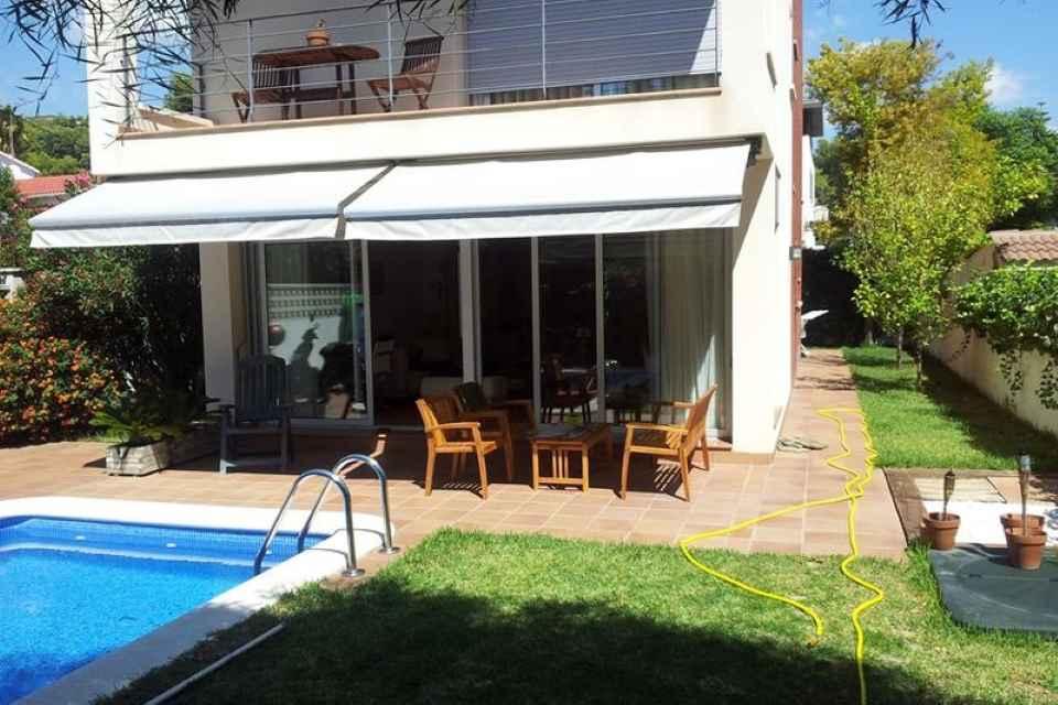 Купить небольшой дом в испании где покупают недвижимость за рубежом